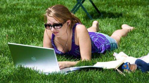 More sunlight exposure reduces risk of shortsightedness