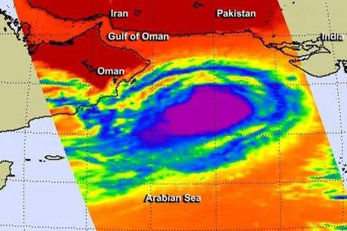 NASA takes Tropical Cyclone Nanuak's temperature