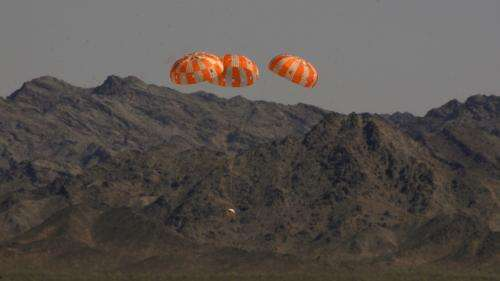 Parachutes for NASA's Orion spacecraft hit no snags in most difficult test