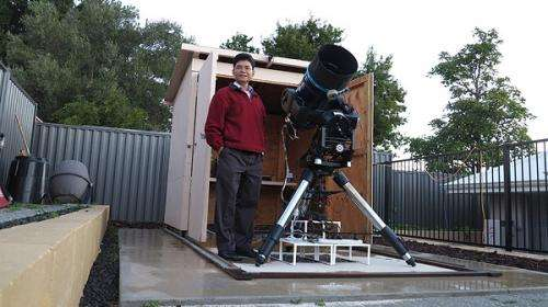 Perth's planet hunter helps discover unusual exoplanet