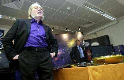 Professor Colin Pillinger, project leader of the British Mars lander Beagle 2 project, speaks to reporters on January 7, 2004, i
