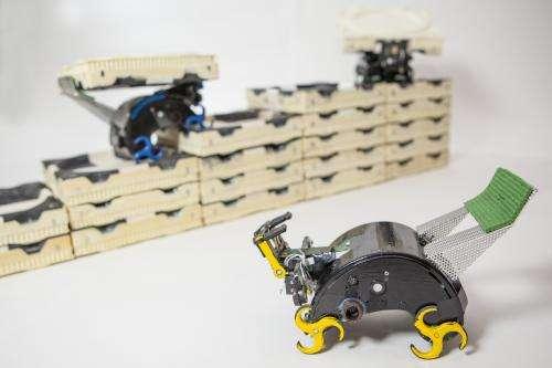 Robotic construction crew needs no foreman