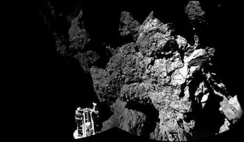 Space agency releases first picture from comet