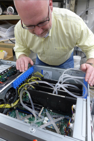 Startup focuses on reliable, efficient cooling for computer servers