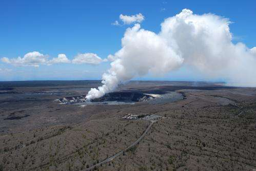 Study finds existence of large, deep magma chamber below Kilauea volcano