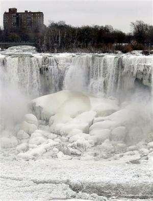 Study links polar vortex chills to melting sea ice