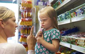 Supermarkets exposing children to high calorific junk food at the checkout