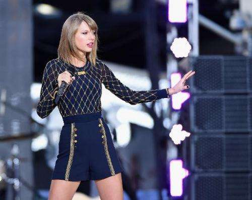 """Taylor Swift Performs On ABC's """"Good Morning America"""" at Times Square in New York City on October 30, 2014"""