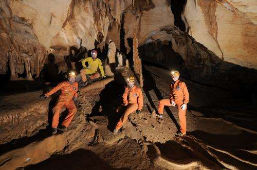 Training astronauts in uncharted caverns