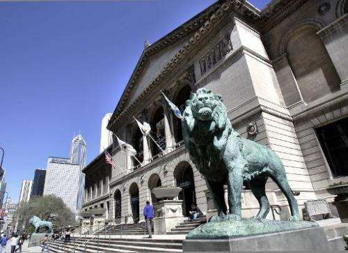Two lions guard the entrance to The Art Institute of Chicago along Michigan Avenue on April 22, 2005