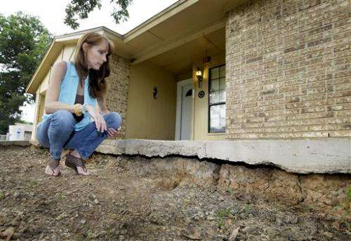 US states confront worries about fracking, quakes