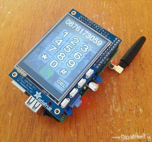Raspberry Pi-based phone takes off the shelf ingredients