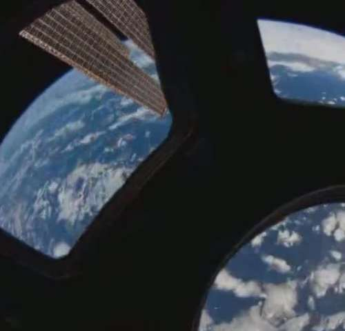 Video: A dizzying view of the Earth from space
