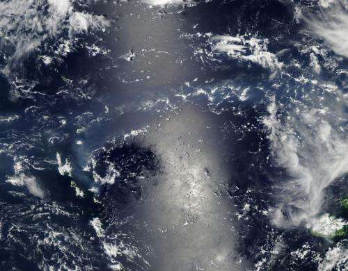 Volcanic smog and sunglint in the Vanuatu Archipelago