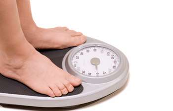 Weight loss study finds rich more likely to join clubs, while poor more likely to take pills