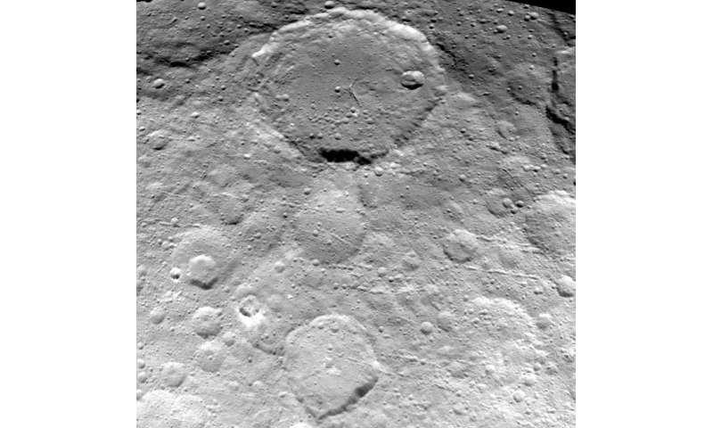 Dawn spirals closer to Ceres, returns a new view