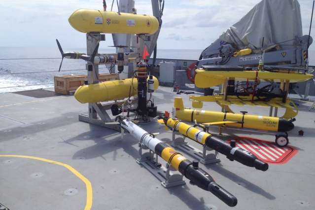 "Engineers hand ""cognitive"" control to underwater robots"