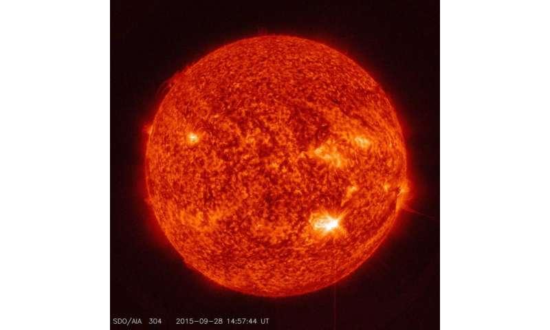 NASA's SDO captures image of mid-class solar flare