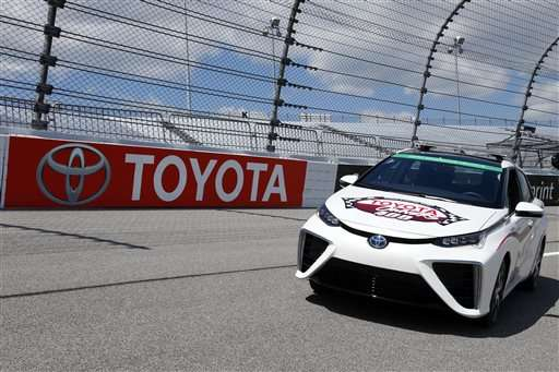 Toyota to provide first hydrogen-fueled pace car