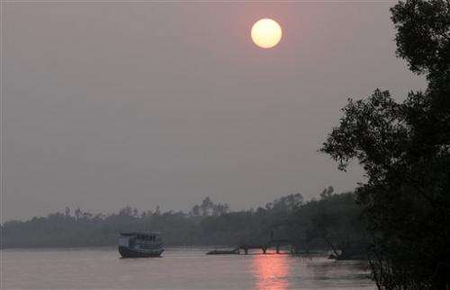 Millions at risk from rapid sea rise in swampy Sundarbans