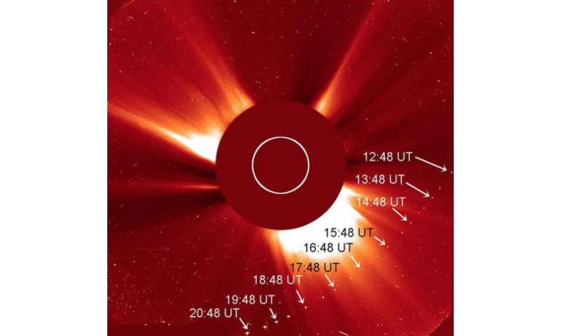 A new sungrazing comet may brighten in the evening sky