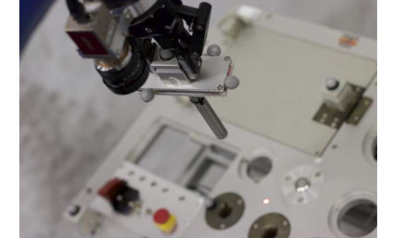 Astronaut Andreas to try sub-millimetre precision task on Earth from orbit