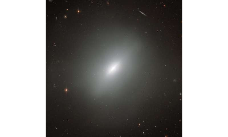 Hubble views a young elliptical galaxy
