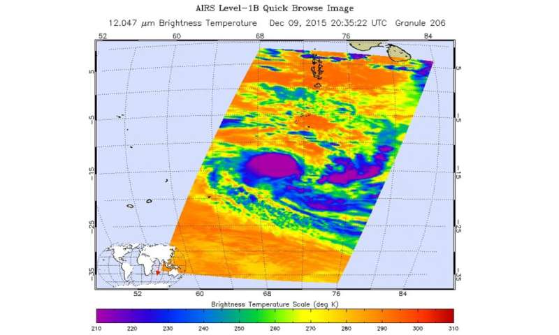 NASA's Aqua satellite sees birth of Tropical Cyclone 5S in Southern Indian Ocean