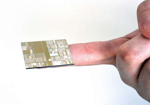 Researchers produces industry's first 7nm node test chips