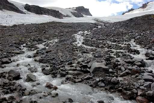 Scientists, tribe study shrinking Washington state glacier