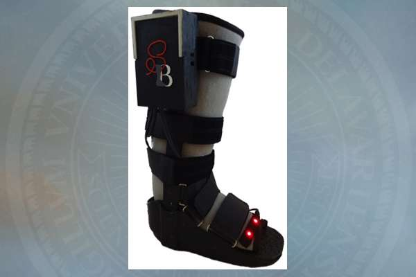 students add high-tech function to low-tech orthopedic boot