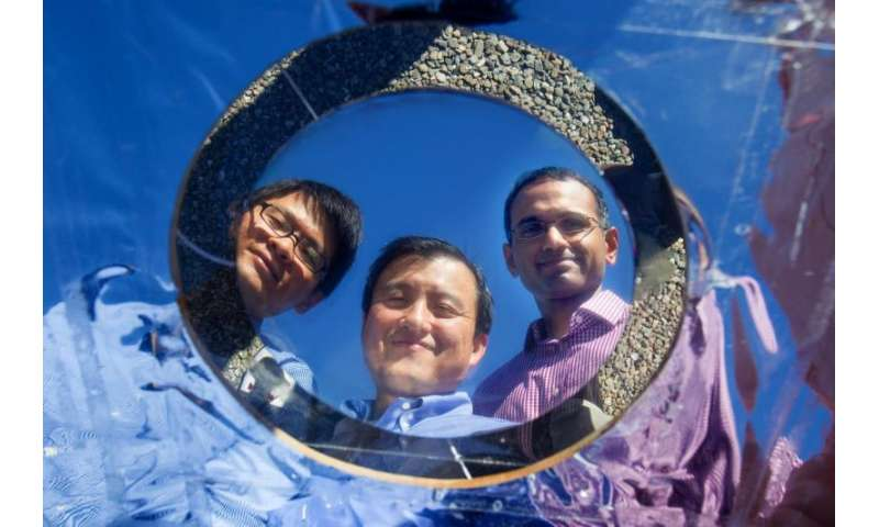 Stanford engineers invent transparent coating that cools solar cells to boost efficiency