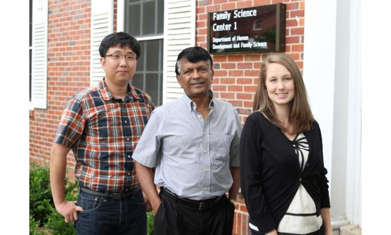 Researchers identify mechanisms linking early adversity, disease later in life