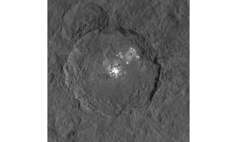 Ceres' bright spots seen in striking new detail