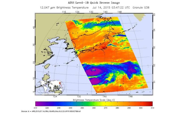 NASA's RapidScat identifies Typhoon Nangka's strongest side