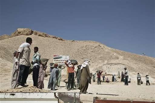 Search for Egypt's Nefertiti gains new momentum (Update)