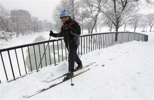 Major storm threatens Northeast with up to 2 feet of snow