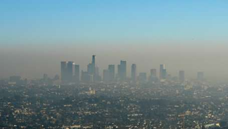 A natural radioactive tool for urban pollution studies