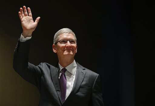 Apple boss Cook says he'll resist UK government spy law plan