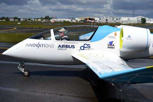 A presentation of the E-Fan prototype electric aircraft at Merignac airport, southwestern France, on April 25, 2014