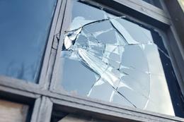 Broken windows thesis springs a leak