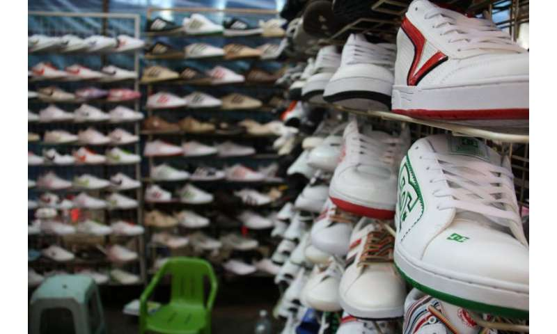 Counterfeiters push fashion labels to new heights