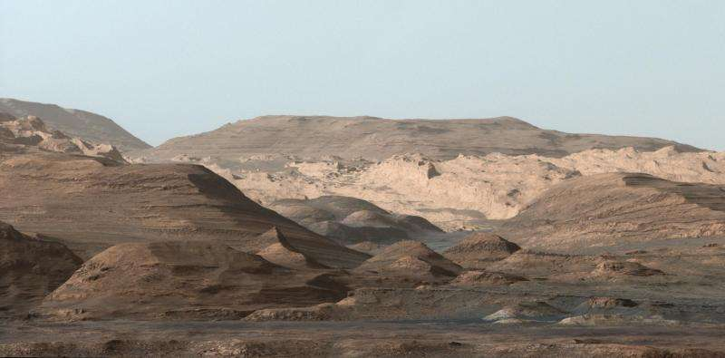 Curiosity's drill hole and location are picture perfect
