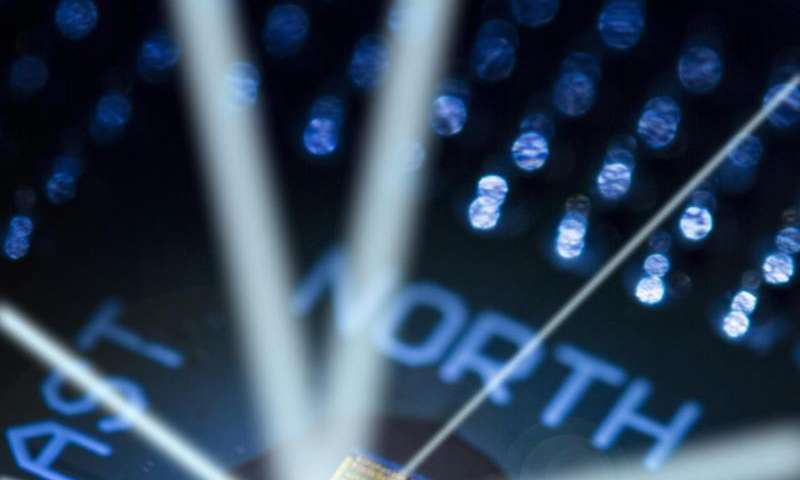 Engineers demo first processor that uses light for ultrafast communications