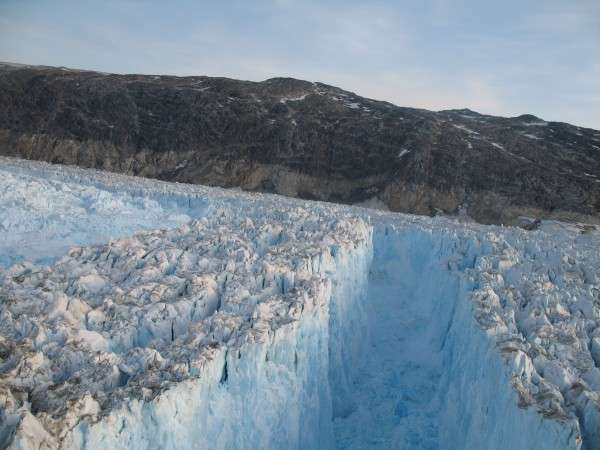 Glacial earthquakes may help forecast sea-level rise