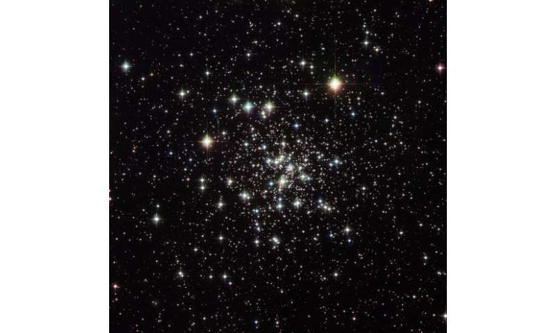 Image: Hubble sees an ancient globular cluster