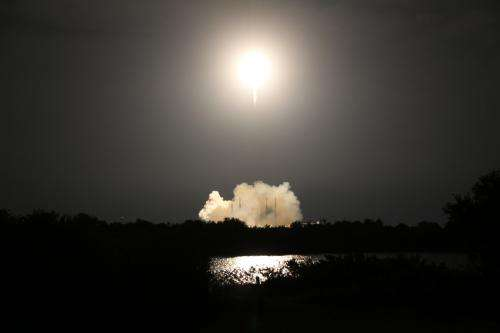 Image: Liftoff of SpaceX resupply mission to the space station
