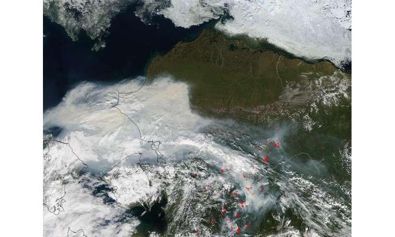 Image: Smoke fills Alaskan skies from scores of wildfires