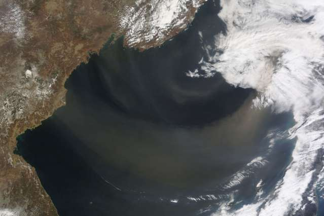 Intensity of desert storms may affect ocean phytoplankton