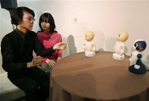 Japan to sell talking robots that won't try to make sense (Update)
